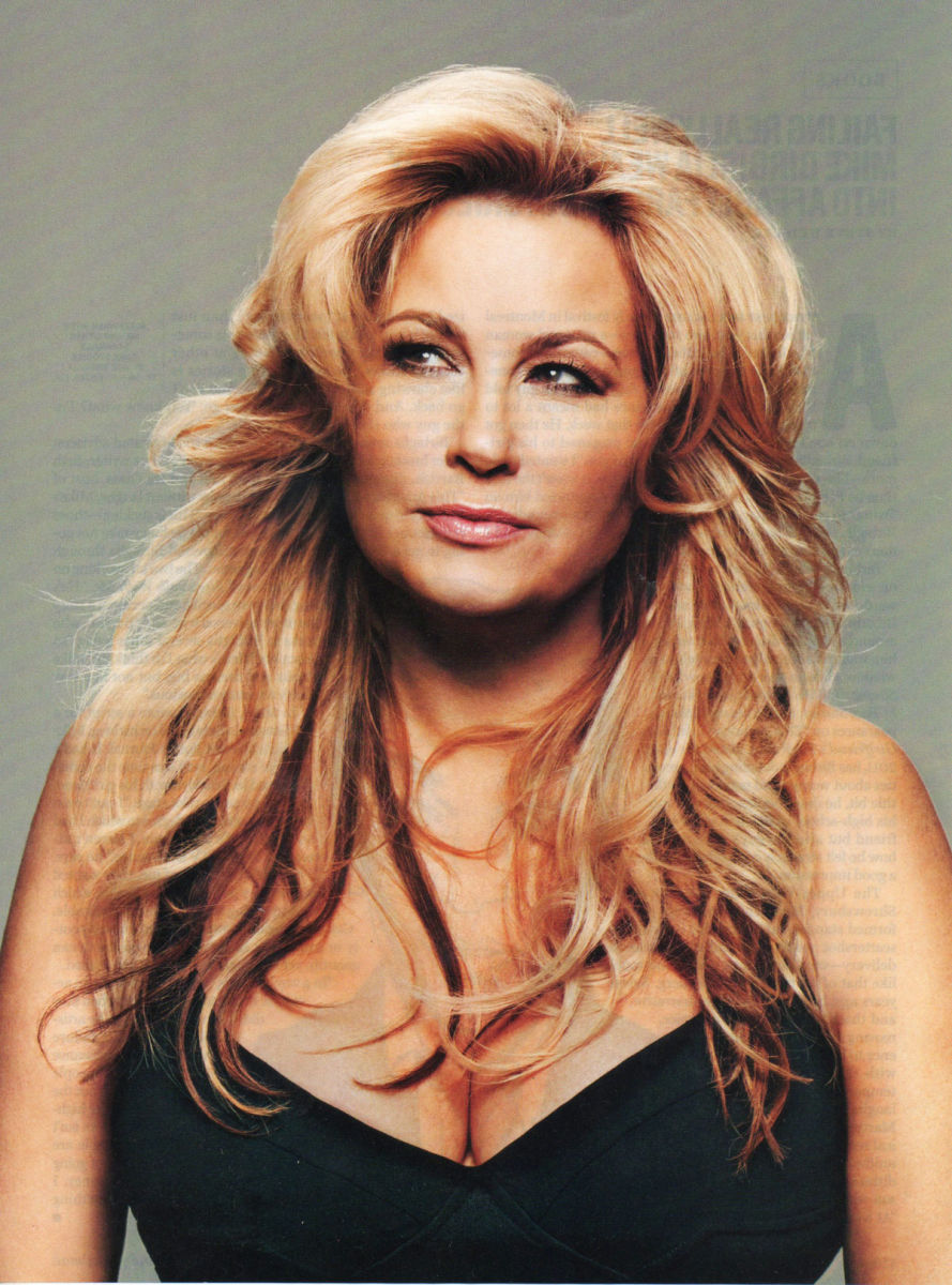 Jennifer coolidge hot