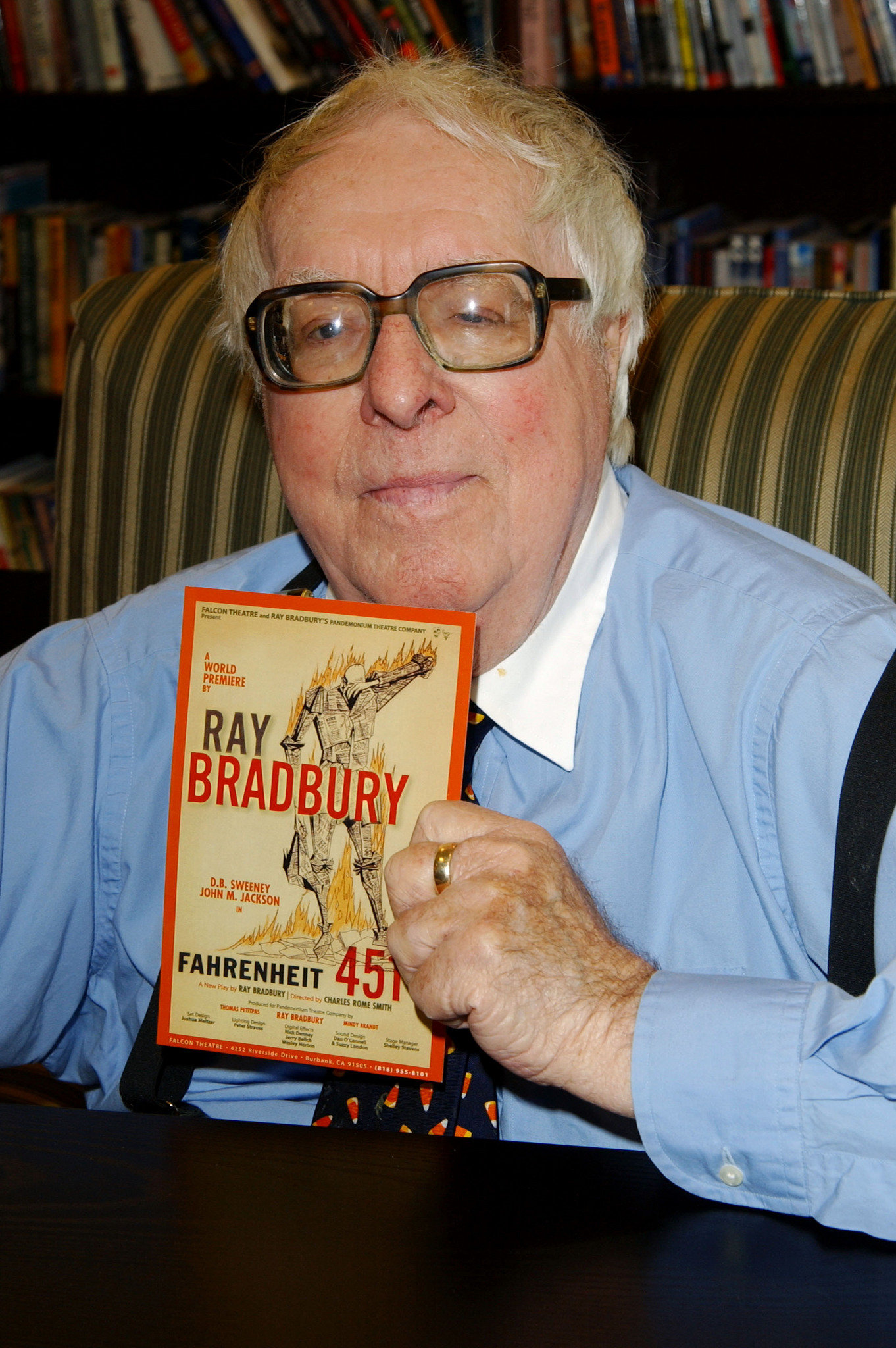 an introduction to the life of ray bradbury Get information, facts, and pictures about ray bradbury at encyclopediacom make research projects and school reports about ray bradbury easy with credible articles.